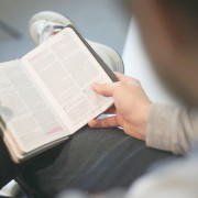 5-Ways-to-Persevere-in-Bible-reading