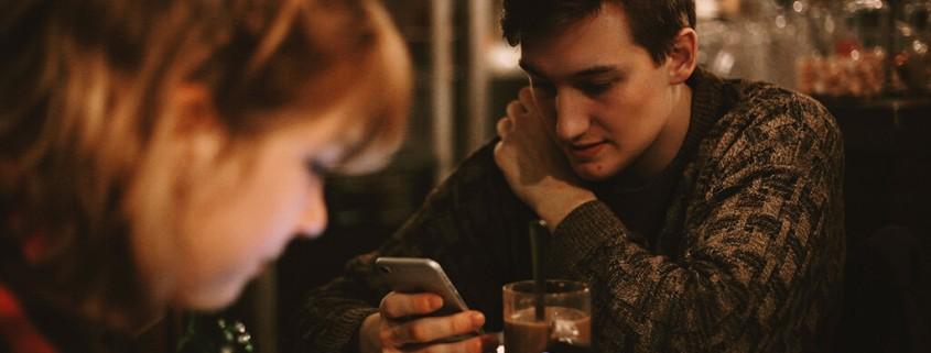 Should-I-Download-A-Dating-App
